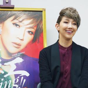 ◆宝塚歌劇団◆  星組『紅ゆずる 』人気キャラ「紅子」で爆笑の渦 宝塚退団後初のコンサート