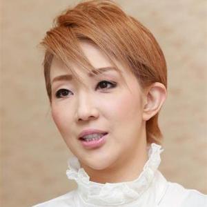 ◆宝塚歌劇団◆ 星組『紅ゆずる 』退団後初のコンサートは、「受け身禁止!」