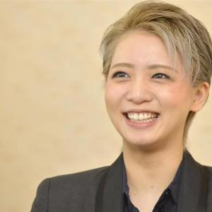 ◆宝塚歌劇団◆  星組『礼真琴』本拠お披露目で大羽根背負う