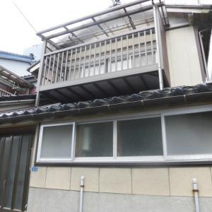【売買】100万円(借地) 新潟県糸魚川市横町 海のそばの2階建 駅徒歩9分 生活便利な立地