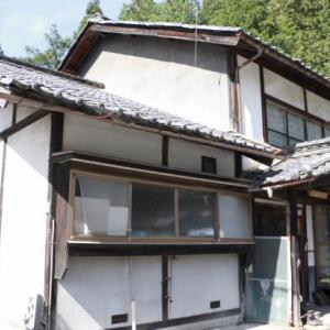 【売買】100万円 長野県東筑摩郡生坂村下生坂 国道沿いの広い敷地に立つ2階建古民家