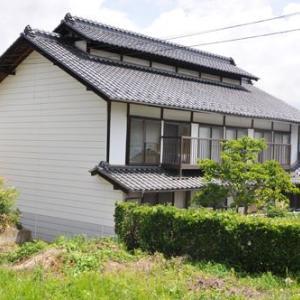 【売買】300万円 長野県小諸市山浦 隣に畑がある 物置・庭付き 築100年の古民家 駐車3台