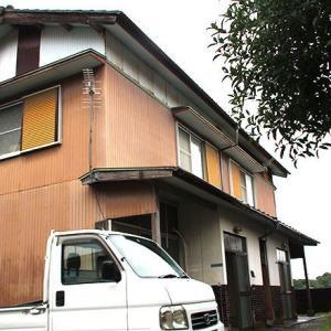 【賃貸】2.5万円 高知県宿毛市片島 小中学校近い ペット相談可 駐車場付きコンパクト2階建