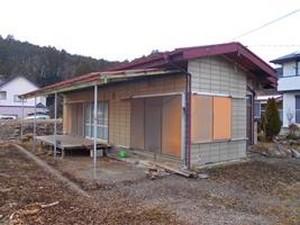 【売買】100万円 栃木県鹿沼市加園 緑豊かな住宅地にあるバルコニー付き平屋 駐車5台以上
