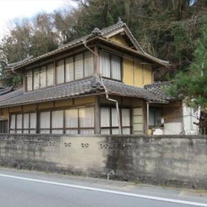 【売買】80万円 岡山県新見市井倉   里山の麓にある 縁側・池付き2階建古民家