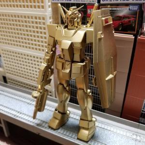 ゴールドのガンダム