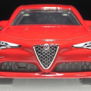 マッチボックス  Alfa Romeo Giulia  。