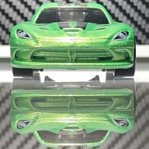 HW  Dodge SRT VIPER  。