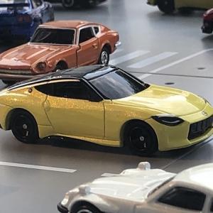 日産グローバルギャラリー  Z プロトタイプ ミニカー  。