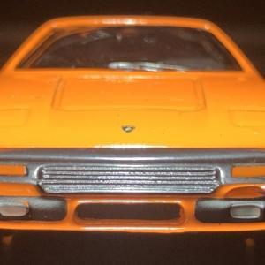 京商  Lamborghini   Silhouette  。