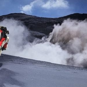 【TOMICA PREMIUM】TOYOTA  YARIS  WRC   。