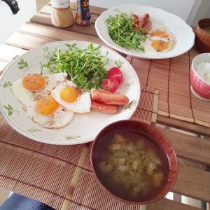 【平和?】な朝食タイム