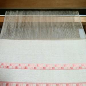 織りの続きを少し。