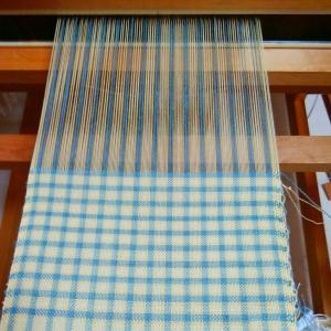 糸で織り成す秋の気配 ~織り~