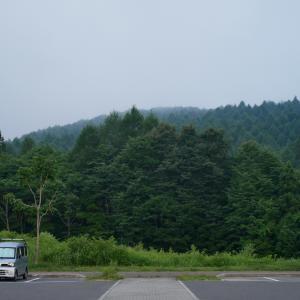 車中泊の魅力は朝のシンとした空気とコーヒー