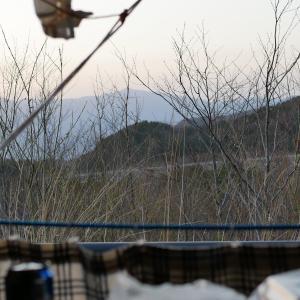 軽バン「大自然のパノラマ!」バックドア全開で楽しむ方法