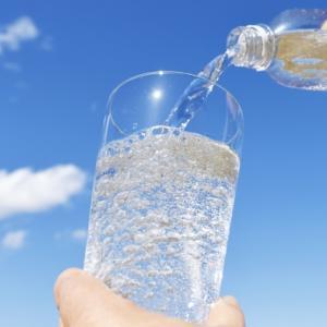 キャンプであると便利な「炭酸水メーカー」?シュワシュワでおいしくなります!