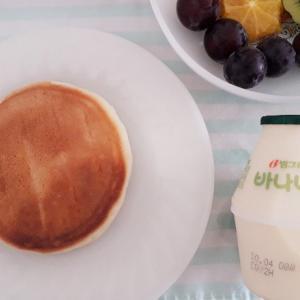 バナナ牛乳とホットク。