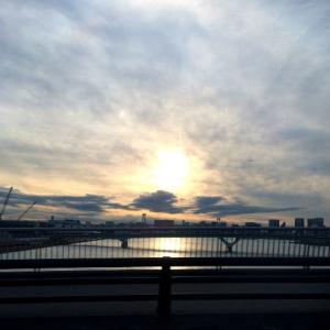 日本一時帰国で気がついたことは、夕暮れ時の空色をワタシは恋しく思っていたのだということ。