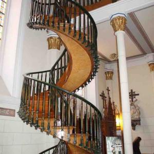 建築学的にありえない?「聖ヨゼフの螺旋階段」のミステリーとは!?