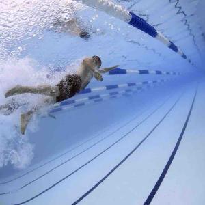 運動は「水泳」が最強説。健康も精神力もゲットできるよ