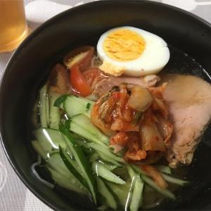 ランチに麺が多いんだけど…初の韓国冷麺