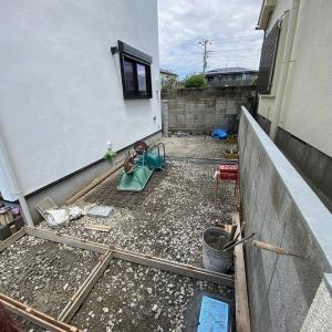 奥沢の家、外構工事進行中!