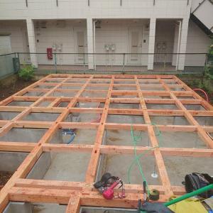 狛江の家、土台敷き!