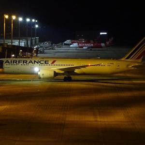 ダイバートして来たエールフランス航空のB787-9・2度目の飛来のフィリピン航空のA321LR
