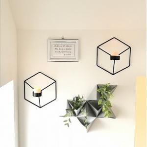 殺風景な階段の壁を飾る♪~立体折り紙