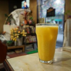十三の純喫茶『珈琲ブラジル』|美味しすぎるミックスジュースに出会いました。