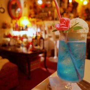 味園ビルにある純喫茶のようなバー『ニューコンコルド』|【オトナのクリームソーダ】