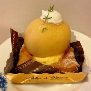 桃丸ごとケーキ!「まるごと桃パイ」@ラ・パティスリーセリ(梶が谷)