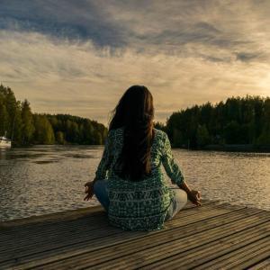 祈りと瞑想の違い