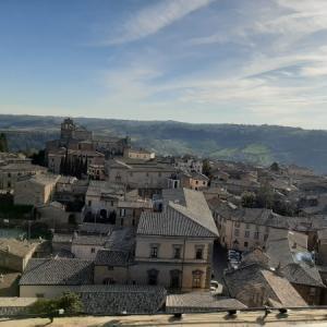 オルヴィエートの「天空の街」を探検 ④モーロの塔(Torre del Moro)からパノラマを楽しむ!