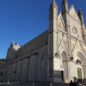 オルヴィエートの「天空の街」を探検 ⑥オルヴィエート大聖堂