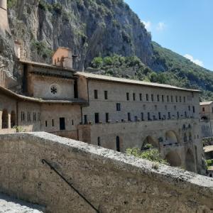 イタリア散策 スビアーコ(Subiaco)の聖ベネディクト修道院(Monastero di San Bendetto)