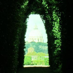 *鍵穴から見える景色(1)*