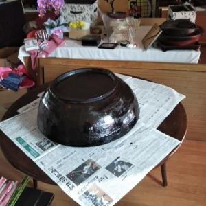 大捏ね鉢修復中!