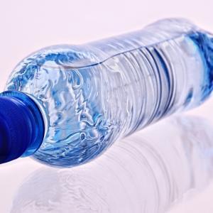 【初日】飲むものを99%水だけにしてみる【食事制限・体質改善レポート】