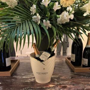 ブランドの世界観を満喫!英国大使公邸で英国最高峰スパークリングワインのレセプション