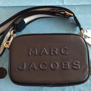 初めてMARC JACOBSのバッグを購入しました!