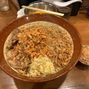 【ラーメンデカ盛】汁なし 700g たまご×3@歴史を刻め 新栄 名古屋市中区