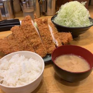 【デカ盛】ジャンボチキンカツ定食 キャベツ追加@洋食工房パセリ 名古屋市天白区