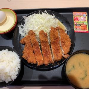 【食べ歩き】メガチキン定食 ご飯みそ汁食べ放題@松のや 愛知県
