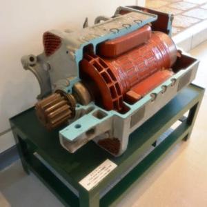 電車主電動機(TDK508 東洋電機製)(GE-265G GE製)