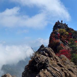 【旅176日目】西日本最高峰・紅葉まっさかりの石鎚山へ!