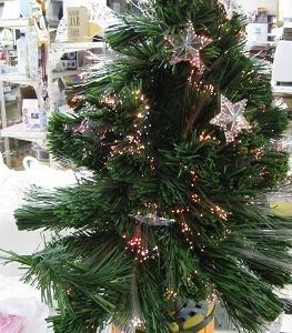 クリスマスツリー・ストーブガード・雑貨少し