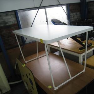 IKEAテーブル!など。。