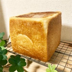 生クリーム入り角食パン*